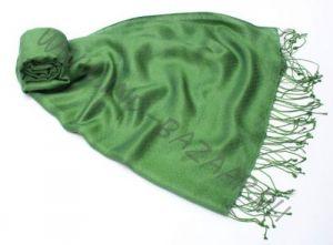 (уценка) Зелёный шарф-палантин 70% шелка, 30% шерсти (Москва)