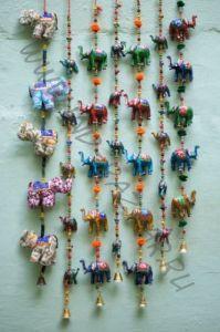 Индийская гирлянда со слонами